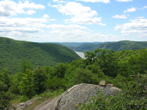 Looking south from Breakneck Ridge, Putnam County, NY